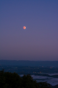 2014.10.08.0161 Lunar Eclipse Moonset