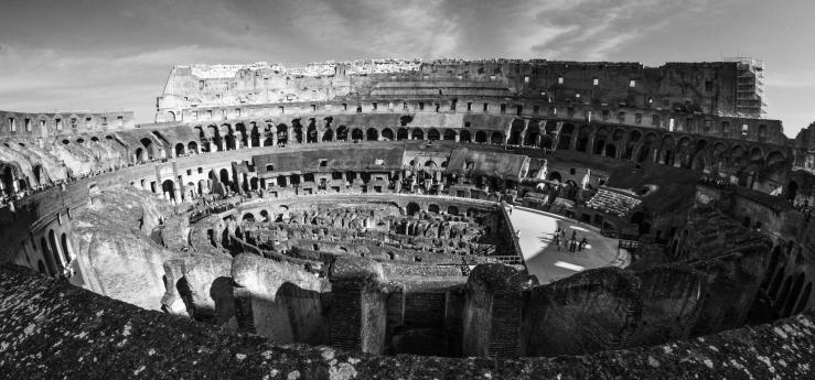 2015.10.08.4847 B&W Colosseum